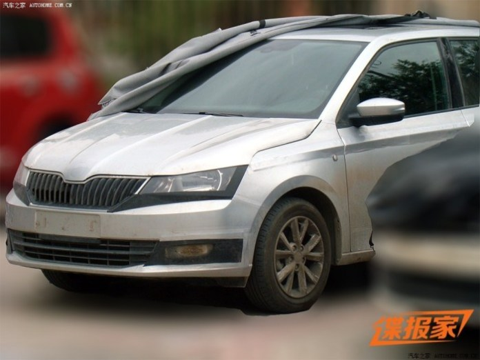 Skoda Fabia 2015 spy photos (1)
