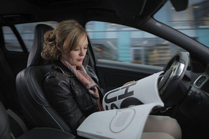 woman self-driving autonomous car