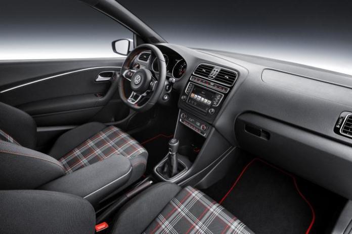 2015 Volkswagen Polo GTI 18