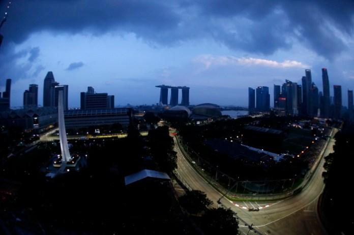 Marina Bay Circuit, Singapore.Friday 19 September 2014.Romain Grosjean, Lotus E22 Renault.World Copyright: Glenn Dunbar/LAT Photographic.ref: Digital Image _89P3256