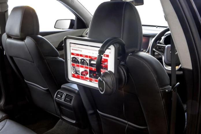 Holden Colorado Black Edition (2)