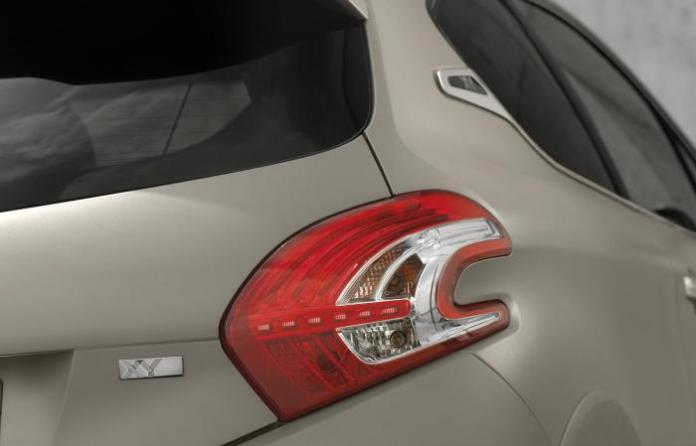 Peugeot 208 XY JBL limited edition (5)
