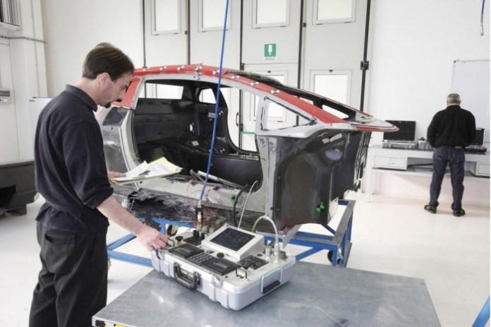 lamborghini-carbon-fiber-repair-service_100482539_l