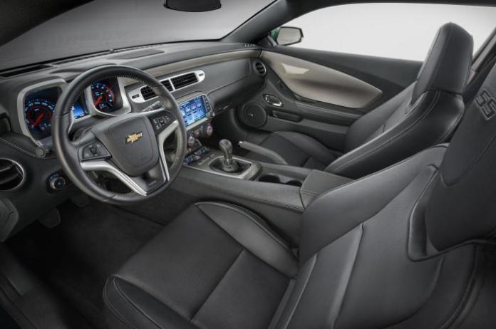 2015 Chevrolet Camaro Spring Special Edition 5