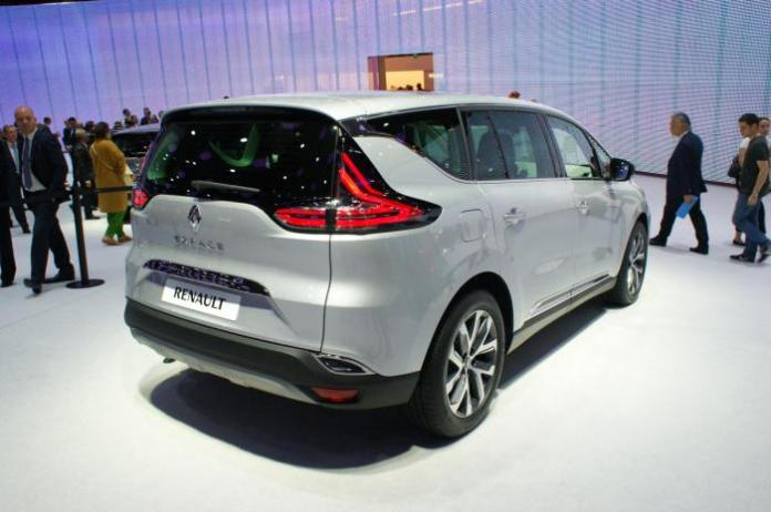 2015 Renault Espace live at Paris Motor Show 2
