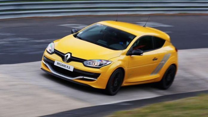 2014-Renault-Megane-RS-275-Trophy-new-car-sales-price8