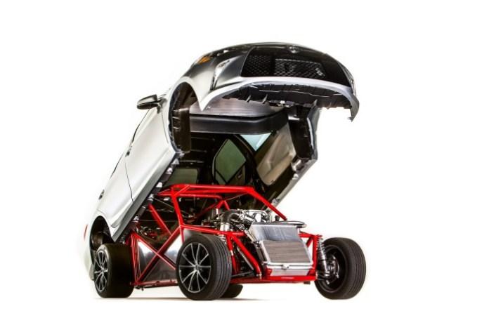 2015-Toyota-Sleeper-Camry-3
