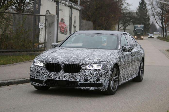 BMW 7-Series 2016 Spy Photos (2)