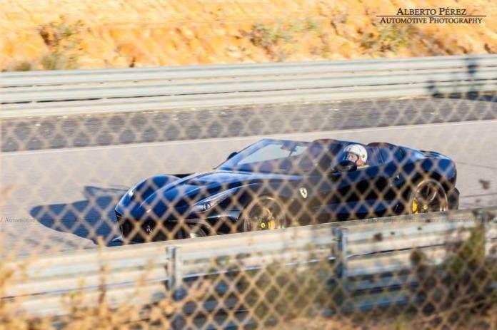 Ferrari F12 TRS (1)
