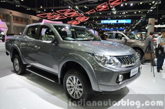 Mitsubishi Triton live at Thailand International Motor Expo 2014 (2)