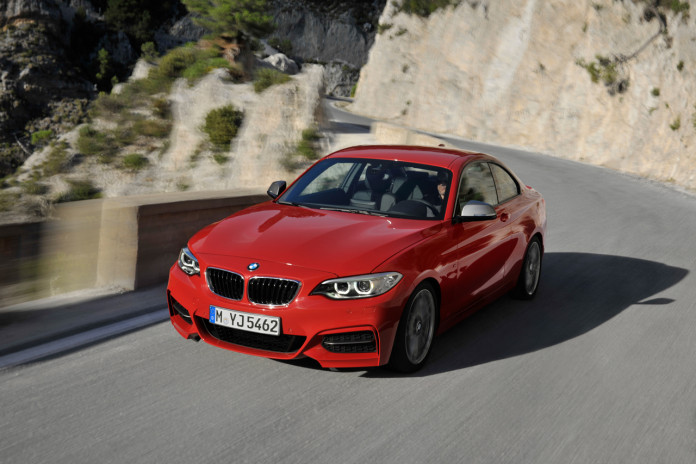 bmw-m235i-coupe-17-1