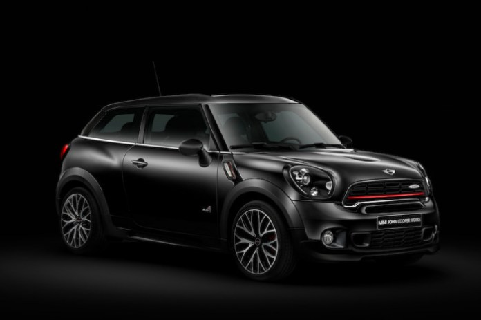 mini-launches-limited-run-black-knight-edition-models-in-japan_5