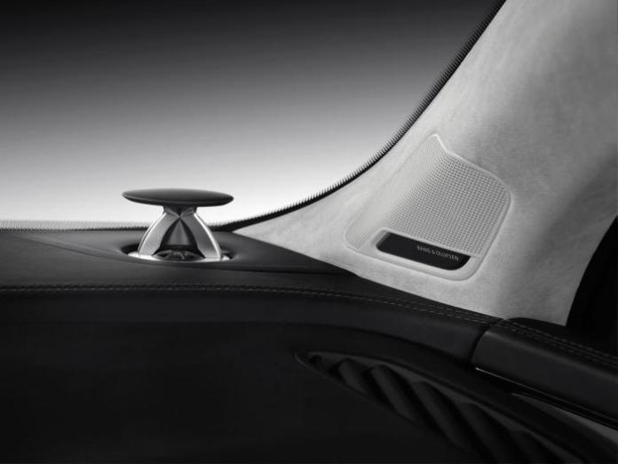 Audi Q7 3D sound (2)