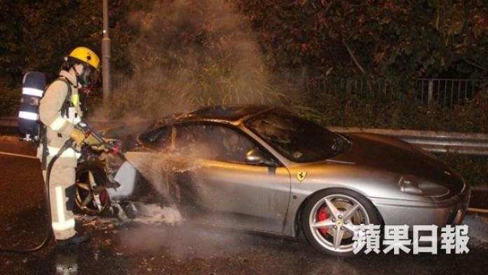 Ferrari 360 fire in Hong Kong (3)