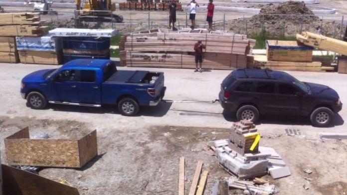Ford F-150 Vs Jeep Grand Cherokee
