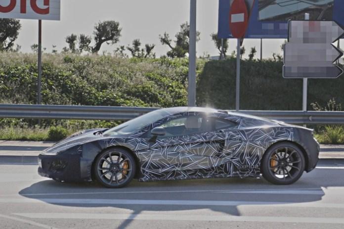 McLaren P13 (1)