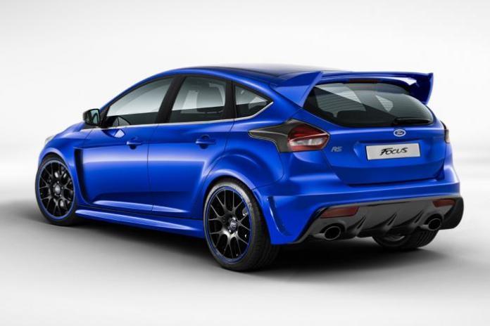 ae-ford-focus-rs-rear
