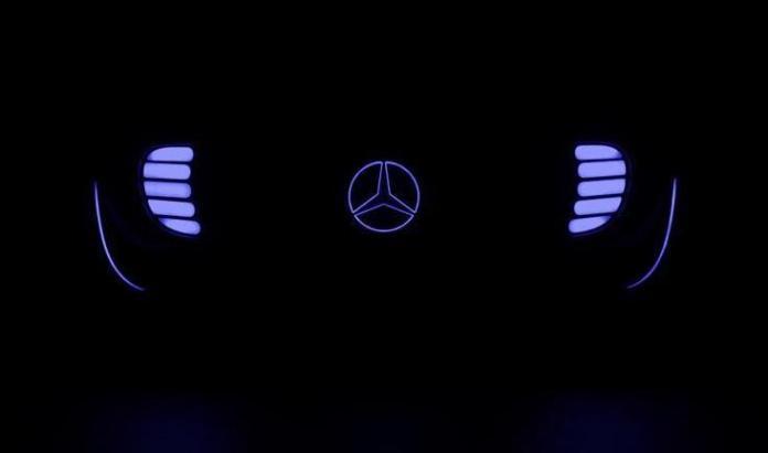 Mercedes Autonomous CES teaser images (1)
