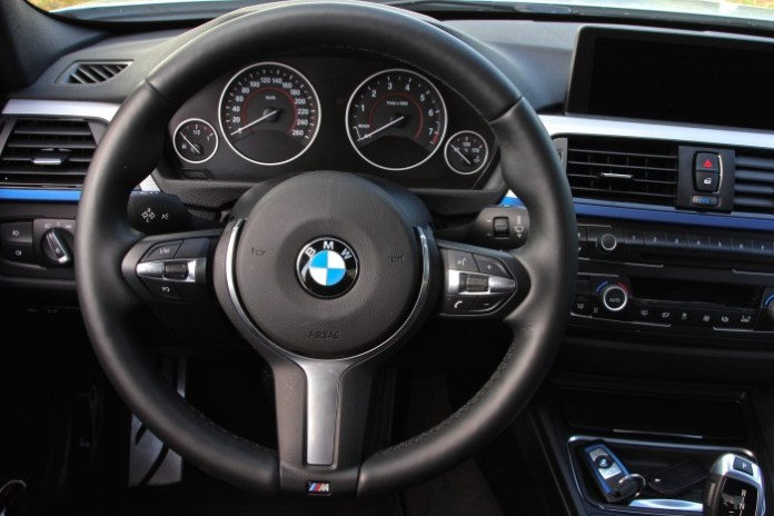 Test_Drive_BMW_316i_MPackage_69
