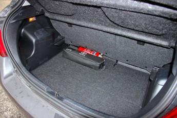 Test_Drive_Toyota_Yaris_diesel_facelift_18