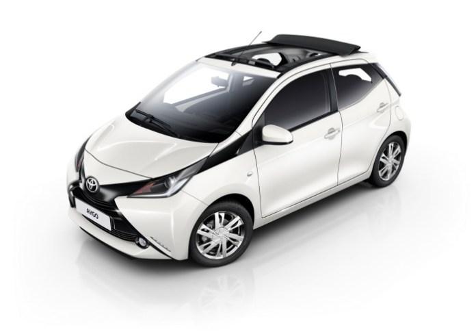 Toyota-Aygo-X-Wave-3