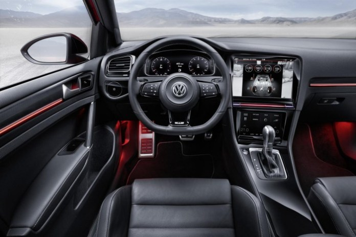 Volkswagen Golf R Touch 7