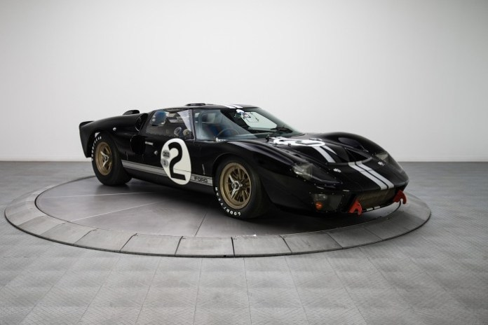 ford-gt40-p-1406-to-enter-20-month-restoration-video-photo-gallery_2