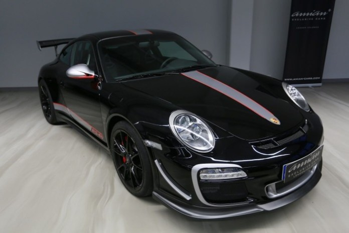 porsche-911-gt3-rs-4-0-for-sale-1