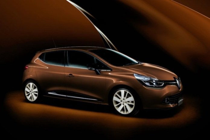renault-launches-chocolate-themed-clio-model-in-japan-lutecia-ganache_1