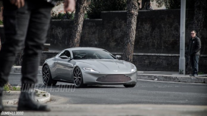 Aston Martin DB10 in Rome (7)