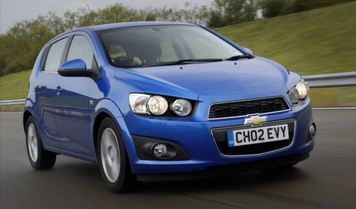 Chevrolet-Aveo-2012-widescreen-15