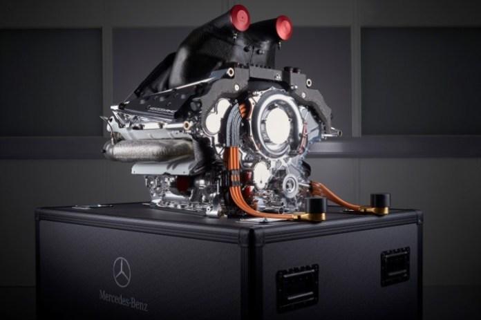 Mercedes-Benz PU106B Hybrid