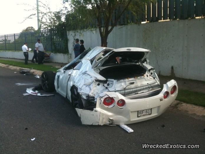 Nissan GT-R crash in Puerto Rico (3)