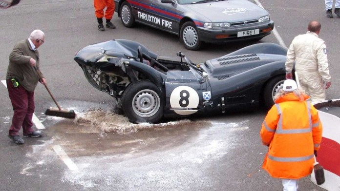 15_goodwood_73mm_crash
