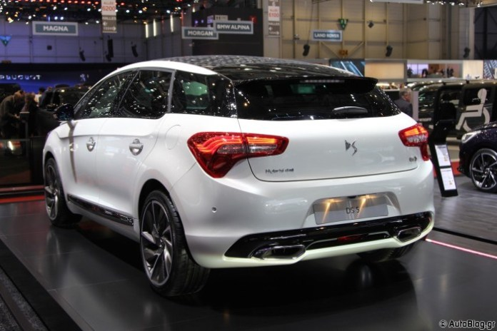 Citroen DS5 in Geneva 2015 (11)