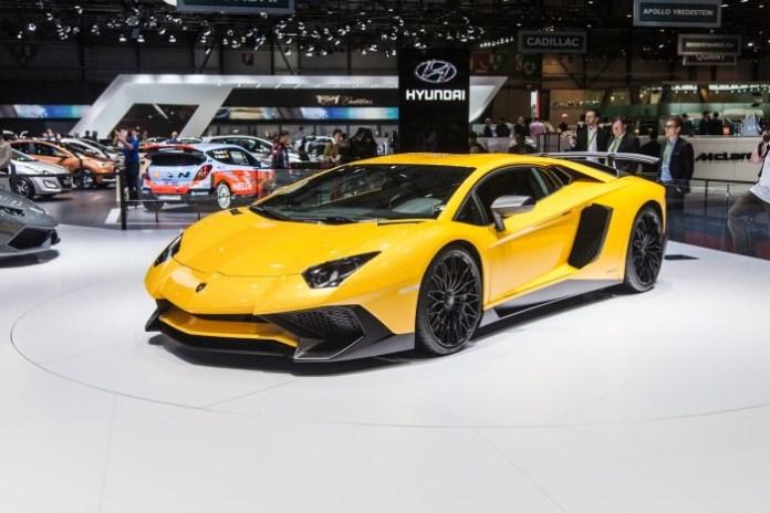 Lamborghini-Aventador-SV-2589