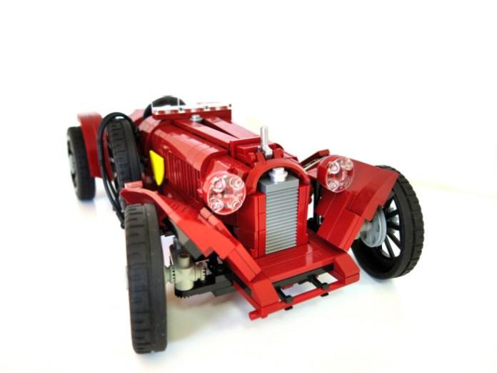 Lego_Alfa_8C_2600_01