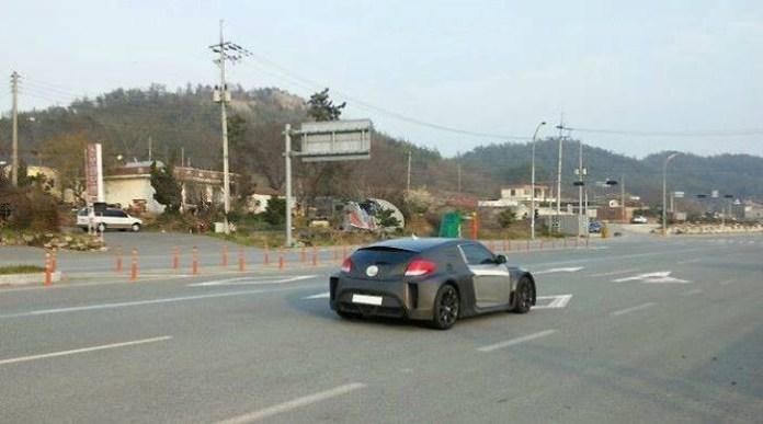Mid Engine Hyundai Veloster (1)