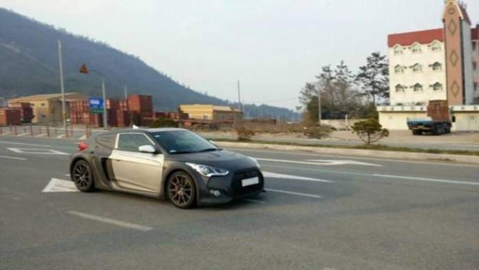 Mid Engine Hyundai Veloster (2)