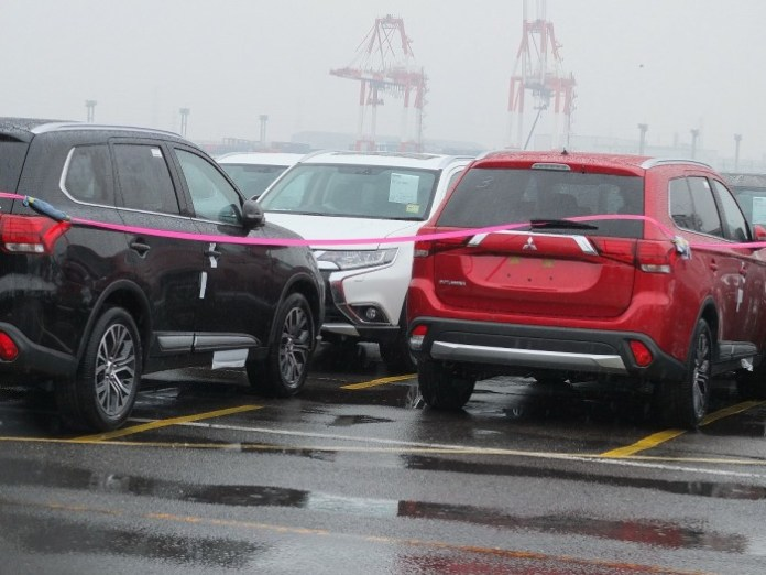 Mitsubishi Outlander facelift 2015 spy photos (6)