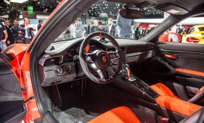 Porsche-911-991-GT3-RS-2412