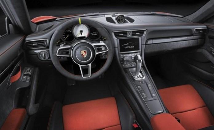 Porsche-911-GT3-RS-2-