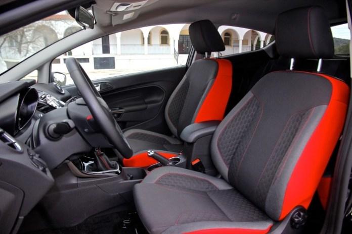 Test_Drive_Ford_Fiesta_Black_Edition33