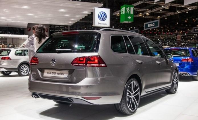 Volkswagen-Golf-Variant-GTD-2465