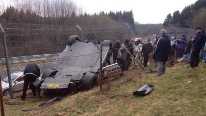gt-r crash (2)
