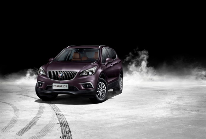 Buick-Envision-20T-4