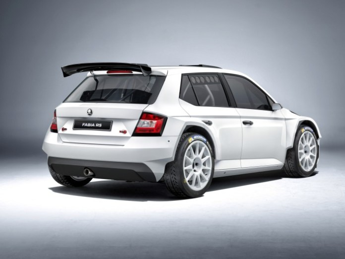Skoda Fabia R 5 Rally Car 2015 (3)