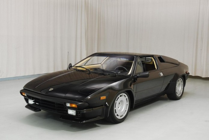 1988_Lamborghini_Jalpa_for_sale_01