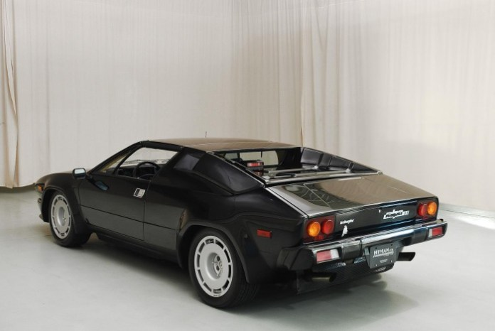 1988_Lamborghini_Jalpa_for_sale_04