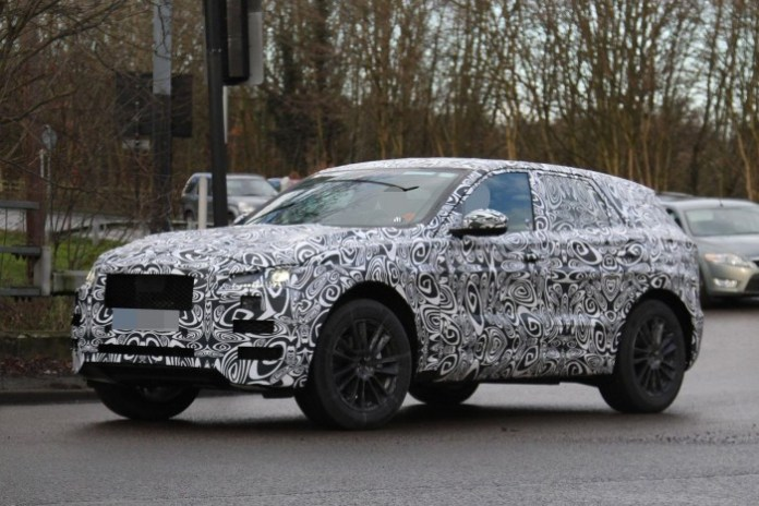 Jaguar-F-Pace-2016-Spy-Photos-3